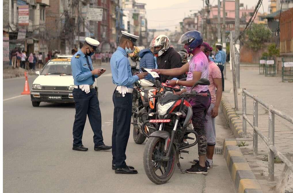 ट्राफिक जरिबाना अनलाइनबाटै तिर्न सकिने