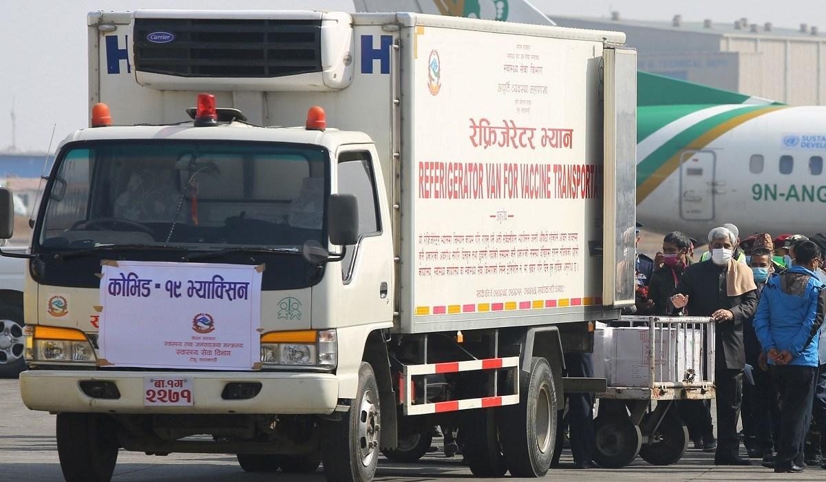 १० लाख डोज 'कोभिशिल्ड' आज  नेपाल ल्याइँदै