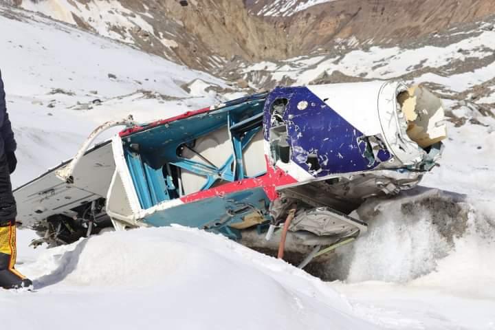 धौलागिरी हिमाल सफा गर्दा १५ वर्षअघि दुर्घटना हेलिकप्टर भेटियो र मानव अवशेष पनि