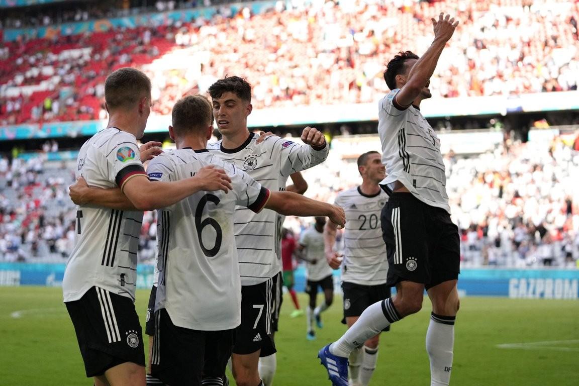 युरोकप:पोल्याण्ड-स्पेन र फ्रान्स-हंगेरीले बरावारी खेल्दाँ साविक विजेता पोर्चुगलमाथी जर्मनीको सानदार जीत