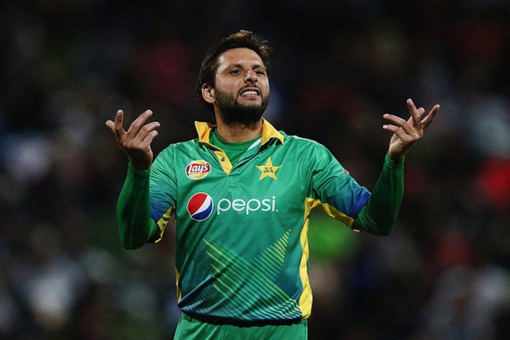 पाकिस्तानी क्रिकेट टिमका पूर्व कप्तान अफ्रिदीले टियु क्रिकेट मैदानमा इपिएल खेल्ने