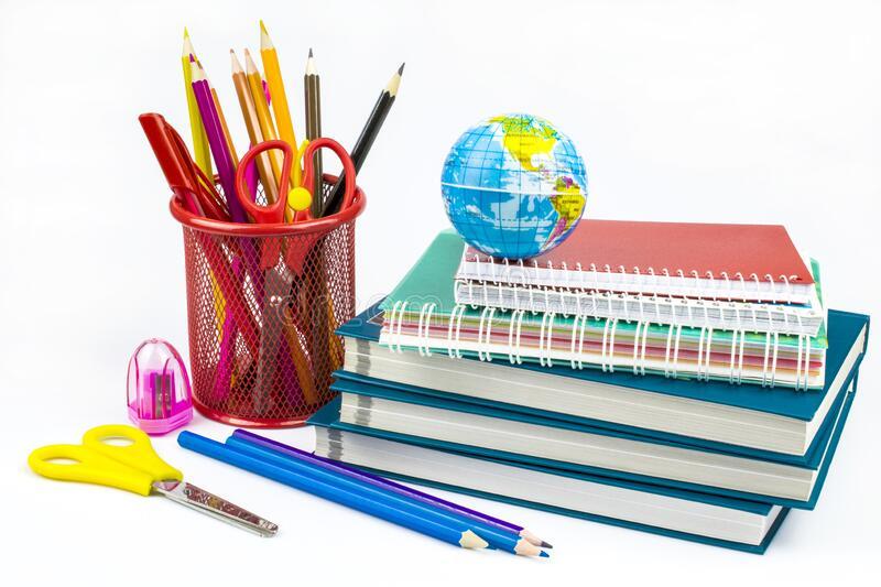 हिमालपारीका बालबालिकालाई शैक्षिक सामग्री